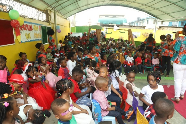 Greenhall Schools 2019 Christmas Party - Cross Section Of Pupils
